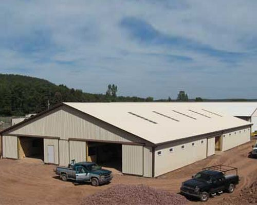 75' x 120' x 10' high Horse Barn with 44 10'x10' Stalls