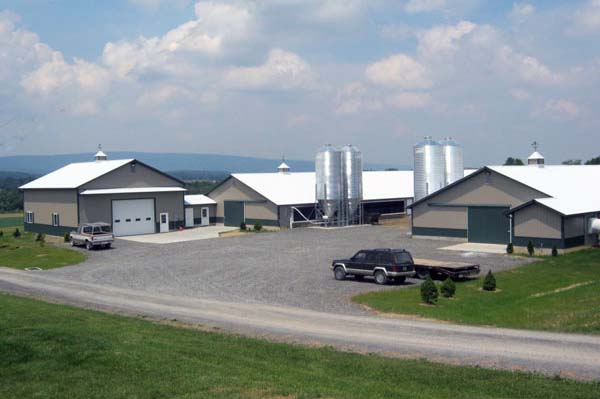 2 Poultry Barns with attached Farm Shop
