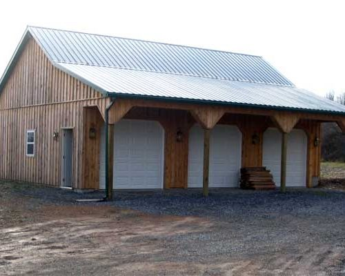 28' x 37' x 10' high Garage with Board & Batten Siding